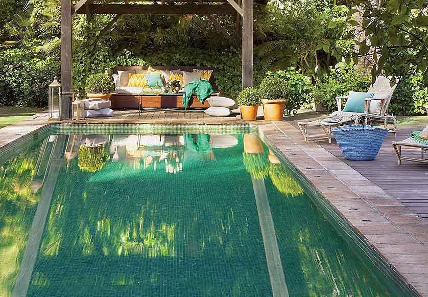 Consejos para colocar los azulejos de piscinas r sticas - Azulejos piscinas ...
